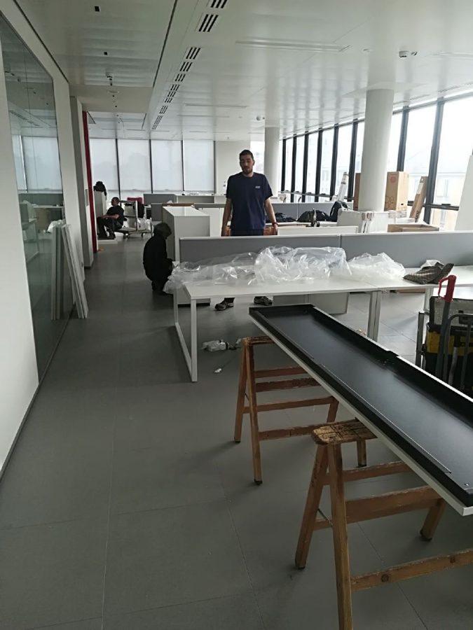 Montaggio scrivanie per uffici a milano luca srl for Uffici a milano