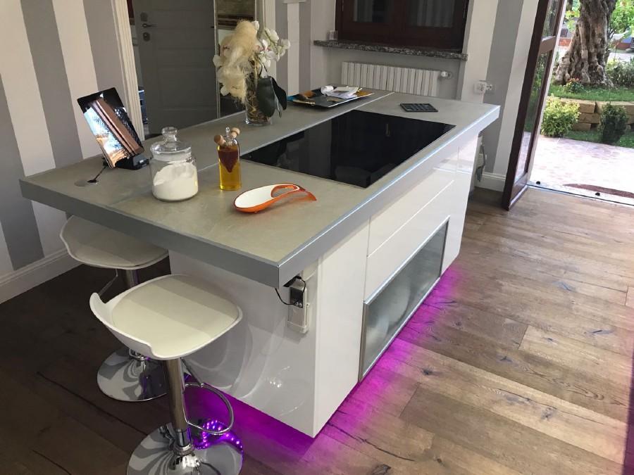 Montaggio cucina ad isola - Luca Srl - traslochi, trasporti ...